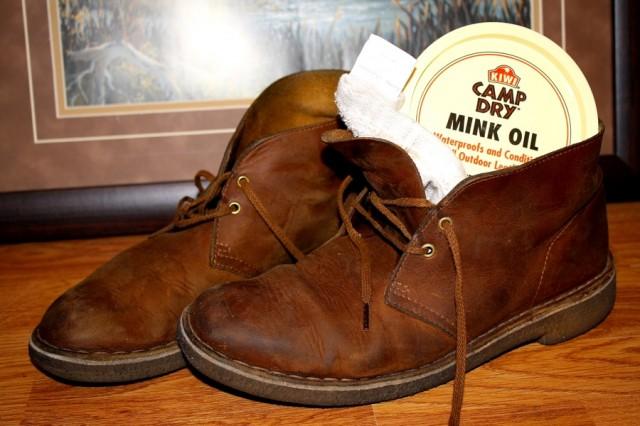 Clarks Originals Shoe Red Glitter